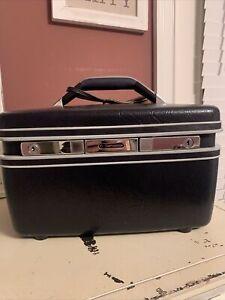 Vintage Samsonite Silhouette Train Case Navy Blue Hard Luggage w Mirror. No Keys