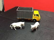 Vintage 1966 Lesney Matchbox #37 Cattle Truck W/Cows In Nm Condition