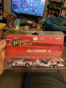 Nascar Winners Circle 1/64 Dale Jr #88 National Guard Pick Up W/ Trailer & Car