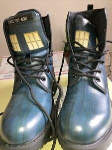 Dr. who boots size 8 woman 6 male. Unisex. 'Doc's Style ' Comicon