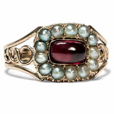Georgian Um 1810: Antique Ring with Big Garnet & Pearls in Gold/Garnet