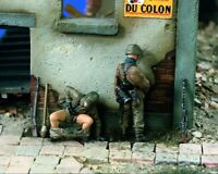 1/35 Resin WWII German 2 Soldiers Relieve the Bowels Unassembled Unpainted BL685