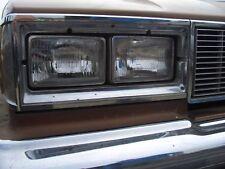 Scheinwerfer Chrysler Oldsmobile Cutlass S V8 NEU