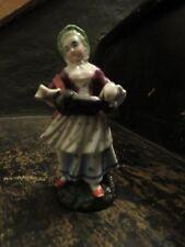 Antigua Figura de Porcelana de una dama con un zanfona. Sitzendorf?