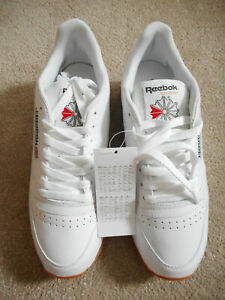 NEW Reebok Classic Trainers in white. Size 6