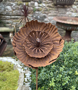 Rusty Metal Flower Garden Stake 327, Rustic Climbing Plant Support Poppy Rose