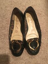 Women Unisa Black Patent Leather Flats With Leopard Accent Size 6 1/2