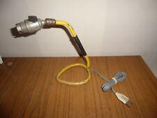 Lampe en métal laqué jaune systéme rotule DLG  Guariche