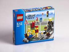 Lego City - Minifiguren und Straßenschilder - 8401 - NEU - OVP