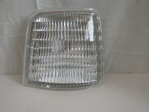 Right Side Corner Light for Ford 77-96 F-150 76-97 F-350 1997 F-250 82-96 Bronco