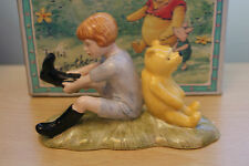 ROYAL DOULTON CHRISTOPHER ROBIN & POOH 70TH BACK STAMP   DISNEY mib