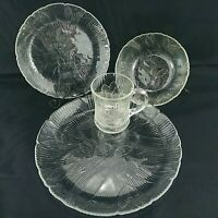 Arcoroc Canterbury Place Setting Clear Glass Flowers Floral Dinner 4 Piece Set