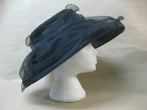 Ladies Black Hat ~ Wedding / Races / Ascot / Ladies Day