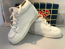 Classic White LEATHER  Walking Shoes Style 5310 Infants Size 4 1/2  E