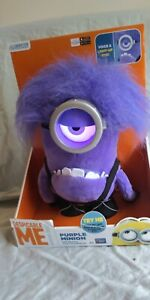 Despicable Me Plush Talking Purple Minion with Glowing Eye NEW Thinkway Toys.