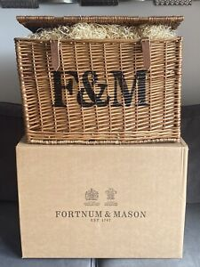 New very large Fortnum & Mason F&M Picnic Wicker Basket Hamper
