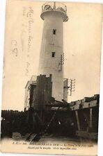 CPA  Boulogne-sur-Mer - Le Phare de la Jetée Ouest,démoli par la tempéte(240126)