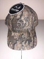 Brand New Realtree Camo Hat... OSFM... Adjustable