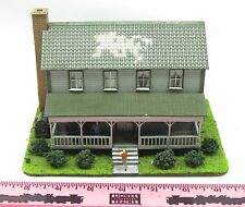 Menards ~ HO Gauge Grandpa's House ~ display / prototype