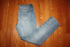 NWT Womens BUFFALO DAVID BITTON Slim Boyfriend Mid-rise Light Wash Jeans Sz 8