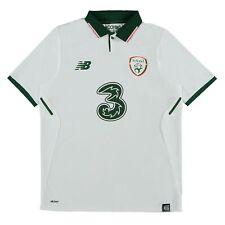 Republic of Ireland kid's  Umbro away football shirt 2016//2017 BNWT