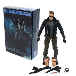 NECA Terminator Police Station Assault T-800 18cm ActionFigur Modell Anzeige