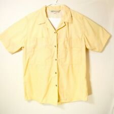 TravelSmith Men's Button Up | Size XL | Yellow | Multi Pocket | Breathable