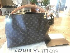 Authentic Louis Vuitton Handbag Artsy MM With  Dust Bag