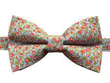Corbata de Moño | Pajarita Rosa Floral Vintage Hecho a Mano en Azul | Pre-Atado
