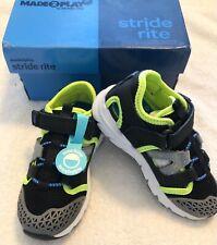 NWOB STRIDE RITE Nesta Sneakers Size 9.5 M