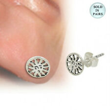 Ear Stud .925 Sterling Silver with Sun Flower Design - SU116