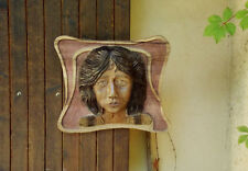 Sculpture Haut relief Visage Femme  année 30