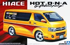 Aoshima 1/24 Scale Model Mini Van Kit Hot Company DNA Toyota Hiace H200 '12