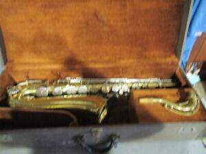 Buescher Aristocrat Tenor Saxophone #539576