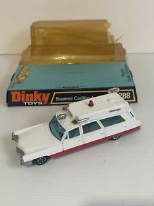 DINKY TOYS 288 CADILLAC AMBULANCE MADE IN ENGLAND.