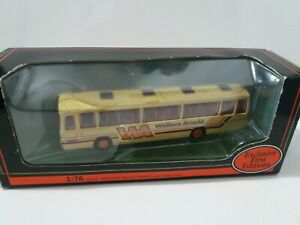 Exclusive First Editions 1:76 Plaxton Panorama Elite Coach WALLACE ARNOLD 15710