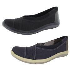Aravon Womens Wembly Envelope Slip-On Shoes