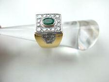 Massiver Ring mit Brillanten von ca. 1,5 ct + 1 Smaragd in 750 Weiß-und Gelbgold