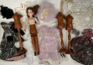 """Wendy Lawton """"The Merry Widow in Three Acts"""" Complete Wood Porcelain 18"""" doll"""