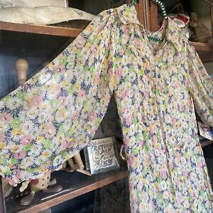 Antique 1930s Green & Pink Silk Chiffon Daisy Print Dress Bishop Sleeves Vintage