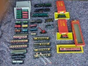 00 gauge Model Railway trains, wagons, kit buildings, Hornby etc Job Lot