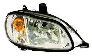 FREIGHTLINER M2 2002 2003 2004 2005 2006 RIGHT FRONT HEADLIGHT HEAD LIGHT LAMP