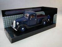 Ford Pickup 1937 - Blue, Classic Metal Model Car, Motormax 1/24