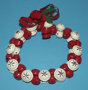 """Merry Christmas Jingle Bell Red & White Wreath Holiday Decoration 10"""" Metal Tin"""