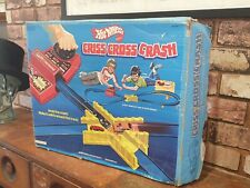 VINTAGE 1970'S HOTWHEELS CRISS CROSS CRASH SET