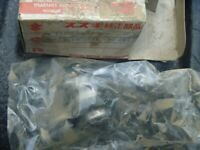 NEW NOS OEM Suzuki Thermostat 17670-08D11