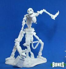Reaper Miniatures: 77116 Colossal Skeleton - Plastic Bones Mini