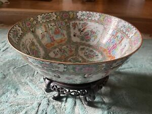 Antique Chinese Rose Medallion Porcelain Punch Bowl With Original Rosewood 19th