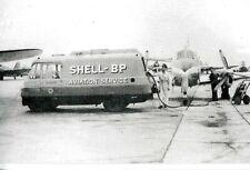 THOMPSON 'TWEED' AIRCRAFT REFUELLER - SHELL-BP  (MOTORCARDS POSTCARD)