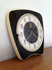 superbe horloge pendule VINTAGE JAZ NOIR ET BEIGE      année 50 60 70